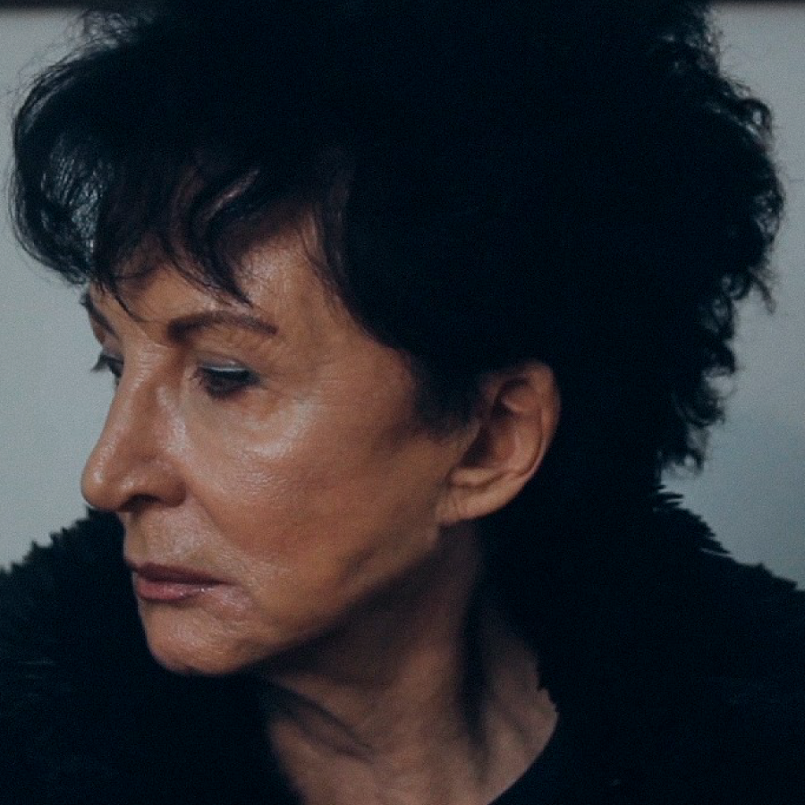Esther Díaz - Mujer Nómade